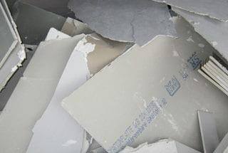 Plasterboard crusher